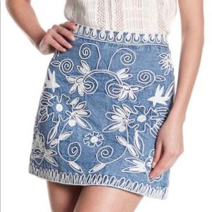 """Alice and Olivia """"Riley"""" embroidered denim skirt"""